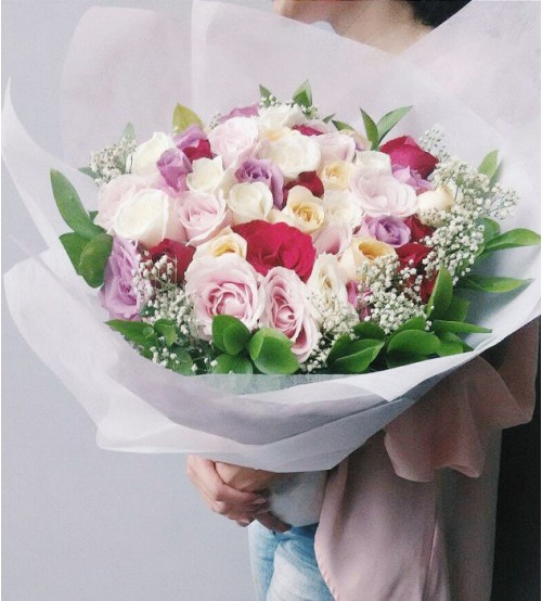 VAL 50 stem roses bouquet